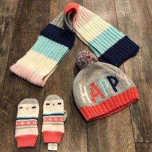 Gymboree hat, gloves and scarf